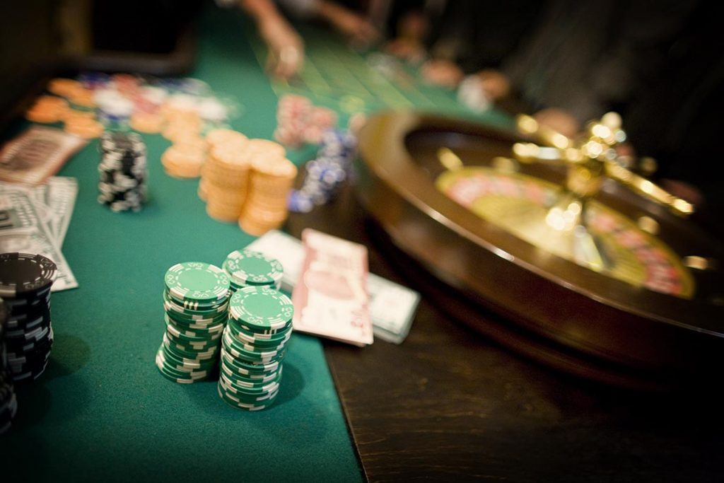 Stół do zabawy w ruletkę z obsługą krupiera - organizacja imprez
